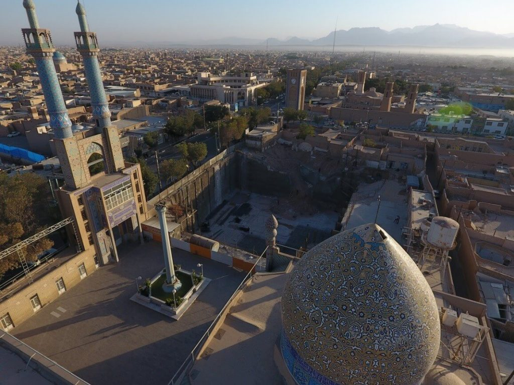 پروژه گودبرداری و طرح توسعه مسجد حظیره یزد